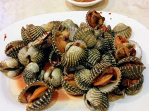 タイの赤貝、「ホーイ・クレーン」