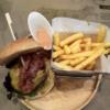 タイ・バンコクのランチにおすすめ、熟成肉のハンバーガー、『Arno's Sukhumvit 13』